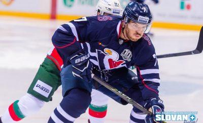 Simon Després bol v zápase proti Kazani jedným z najlepších hráčov Slovana na ľade. Zatiaľ mu síce chýba väčšia rýchlosť a kondícia, čo je po takmer ročnej odmlke pochopiteľné. V článku prezrádza recept, ako sa necelé tri týždne od zranenia (prasknuté rebro) dostal späť na ľad.